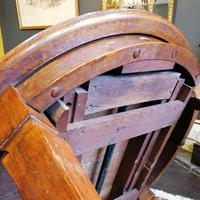 Arts & Crafts Oak, Medullery Ray Extending Table with 6 Chairs, in the manner of Liberty & Co (12 of 22)