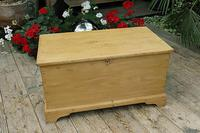 Fabulous & Restored Pine Blanket Box / Chest / Trunk / Coffee Table (2 of 9)