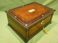 QUALITY Inlaid Rosewood & Amboyna Jewellery – Work Box. c1840 (12 of 16)