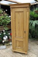 Fabulous Old Stripped Pine Cupboard / Wardrobe (7 of 11)