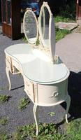 1960s White Dressing Table with Triple Mirror & Glass Top (2 of 4)