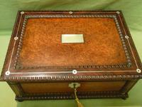 QUALITY Inlaid Rosewood & Amboyna Jewellery – Work Box. c1840 (14 of 16)