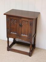 Oak Side Cabinet (3 of 9)