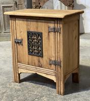 Small Bleached Oak Cupboard (16 of 20)