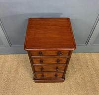 Pair of Victorian Mahogany Bedside Chests (6 of 16)