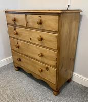 Antique Victorian Pine Chest of Drawers with Key (4 of 15)
