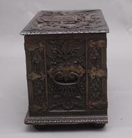 19th Century Carved Oak Log Box (8 of 11)