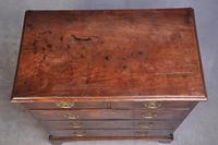 Small 18th Century Mahogany Chest of Drawers (4 of 13)