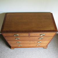 Oak & Mahogany Georgian Chest of Drawers (4 of 8)