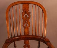 Good Victorian Broad Arm Windsor Chair (6 of 9)