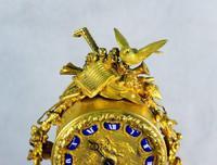 Fine Ormolu Porcelain Cherub Mantle Clock (4 of 10)