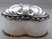 Victorian 1890 Hallmarked Solid Silver Love Heart Jewellery Box Pill Box (4 of 11)
