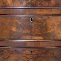 Georgian Style Figured Walnut Serpentine Chest of Drawers (7 of 10)