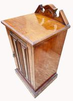 Good Quality Victorian Walnut Bedside Cabinet (4 of 5)