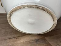 Beautiful Hollywood Regency Style Oversized Porcelain & Terracotta Cherub Floor Vase (52 of 52)