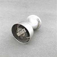 Handsome all silver pepper grinder (3 of 5)