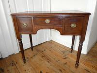 Neat 19th Century Kneehole Desk (9 of 11)