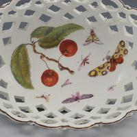 Fine Derby Porcelain Spectacle Basket c.1760-1765 (3 of 13)
