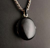 Victorian Mourning Locket, Black Enamel & Seed Pearl (7 of 13)