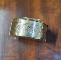 Georgous Victorian Oval Brass Snuff Box (3 of 5)
