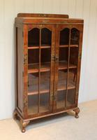 Walnut Chinoiserie Decorated Bookcase (8 of 10)