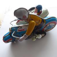 Chinese Tinplate Motorbike & Sidecar (3 of 11)