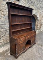 Georgian Oak Dog Kennel Dresser (2 of 27)