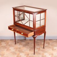 Inlaid Mahogany Display Cabinet (10 of 12)