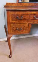 Burr Walnut Queen Anne Style Triple Mirror Dressing Table (12 of 13)