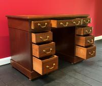 Small Antique Edwardian Leather Bound Mahogany Twin-Pedestal Writing Desk (15 of 16)