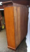 1900's Large Mahogany Mirrored 3 Door Wardrobe with Slides. (5 of 6)