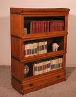 Globe Wernicke Oak Bookcase of Three Elements (9 of 12)