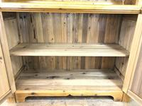 Gothic Style Pine Dresser (6 of 11)