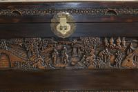 Chinese relief carved camphorwood coffer with an ebonised finish (19 of 23)
