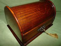 Compact Figured Oak Roll Top Stationery Box. c1900 (6 of 14)