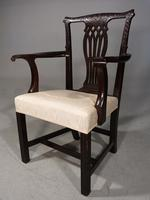 Early 20th Century Neoclassical Mahogany Elbow Chair