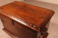 Small Spanish Chest in Walnut 17th Century (2 of 10)