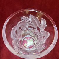 """Lalique """"Saumur"""" Leaf and Berry Pattern Clear and Frosted Glass Heavy Vase (7 of 7)"""