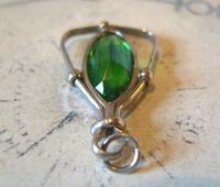 Antique Pocket Watch Chain Fob 1900 Art Nouveau Silver Chrome & Vivid Green Glass Fob (8 of 8)