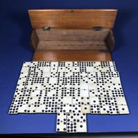 Late Victorian Long Domino Set in it's original mahogany box (13 of 13)