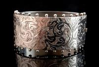 Victorian silver cuff bangle, Aesthetic (8 of 15)