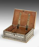 An Early 19th Century Vizagapatam Bone Box (6 of 8)