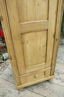 Gorgeous Old Stripped Pine Cupboard / Cabinet / Wardrobe - Hall / Linen / Larder (4 of 11)