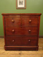 Handsome Small Antique Mahogany Chest of Drawers (7 of 20)