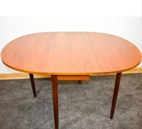 G-plan Oval Table (5 of 8)