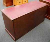 1960's Large Mahogany Triple Chest Drawers with Red Leather on Top (3 of 3)