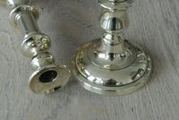 """Good Pair of Victorian Brass Candlesticks c.1860 Round Base 8.5"""" - Polished (2 of 5)"""