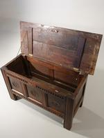 Well Patinated Early 18th Century Oak Kist (3 of 5)