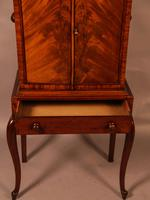 Quality Cabinet on Stand Chippendale Style (7 of 9)