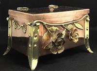 Arts and Crafts Copper and Brass Trinket Box (4 of 7)